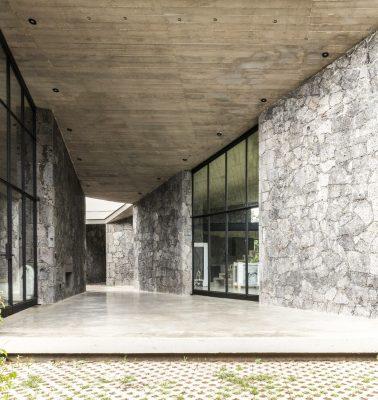 maison-individuelle-Mexique-pierre