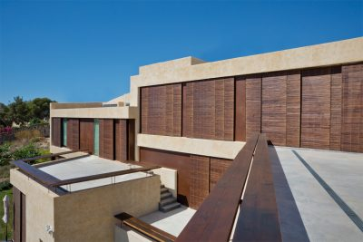 maison-contemporaine-volets-Gimenez-Ganga,-Espagne