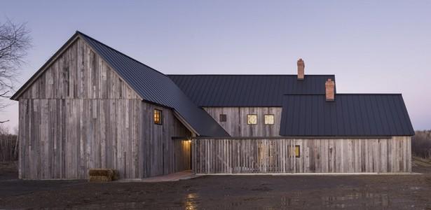 La Townships Farmhouse, une maison fermière du Canada