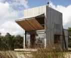Une hutte détonante sur les plages de Nouvelle-Zélande